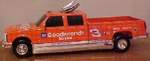 Action 1997 Dale Earnhardt Goodwrench Wheaties Dually B/W Bank diecast