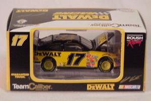 Matt Kenseth Dewalt Taurus (Owners in display case) NASCAR diecast