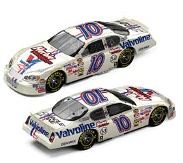 Action 2005 Scott Riggs Valvoline Herbie Fully Loaded Chevy Monte Carlo (RCCA Club Car #137 of 204) diecast