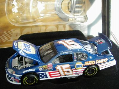 Action 2003 Michael Waltrip Napa Stars and Stripes (Elite) diecast