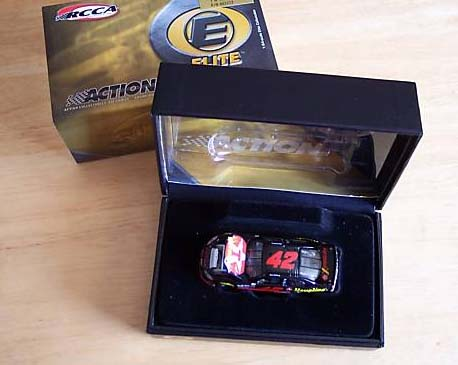 Action 2004 Jamie McMurray Havoline Dodge Intrepid (Elite) diecast