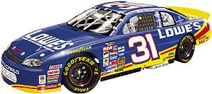 Action 1999 Mike Skinner Lowes diecast