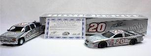 Brookfield 1999 Tony Stewart Home Depot - Dually, Closed Trailer & Car (Silver) diecast